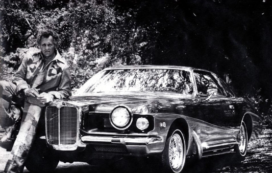 Evel Knievel and his Stutz
